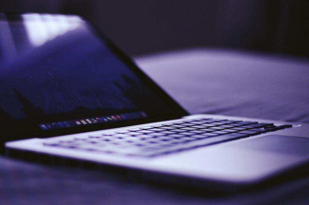 qual-notebook-comprar-com-tela-HD